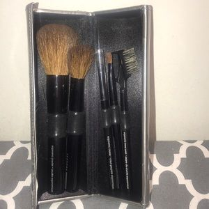 5 piece Sephora professional brush set with case